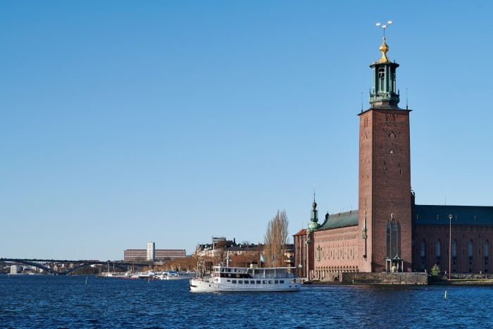 Hybridelektrisk pendelbåt i Stockholmstrafiken