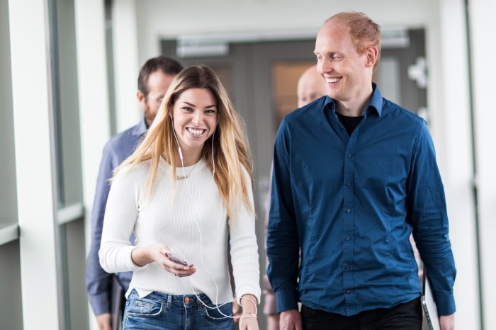 Tar SheSays til Norge: Nadine Ramsberg, senior UX-designer i Webstep Stavanger. Kollega og seniorkonsulent  Arne Eirik Nielsen til høyre