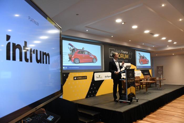 La movilidad y la tecnología revolucionan el sector de financiación del automóvil