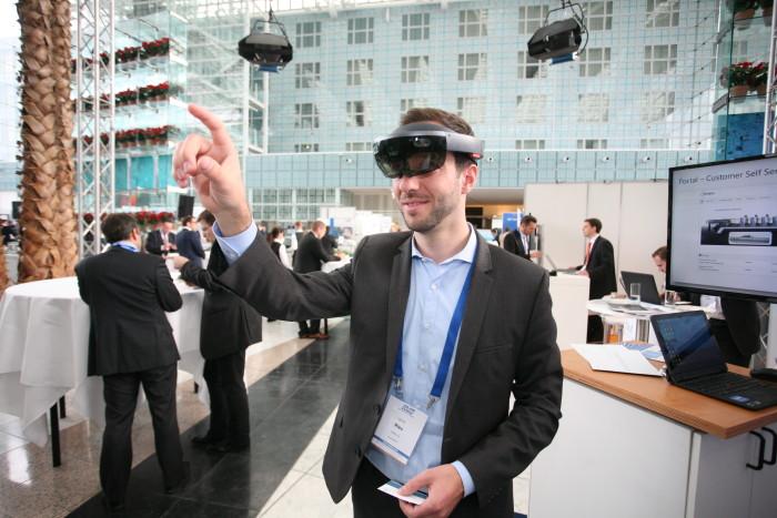 Virtual Reality und Augmented Reality sind die Zukunftstechnologien im technischen Kundendienst