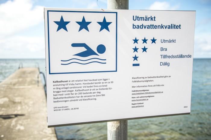Bättre badvatten i EU - men fler svenska bad med