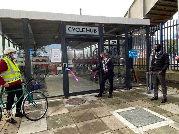 Mayor opens 100-bike parking hub at Elstree & Borehamwood station