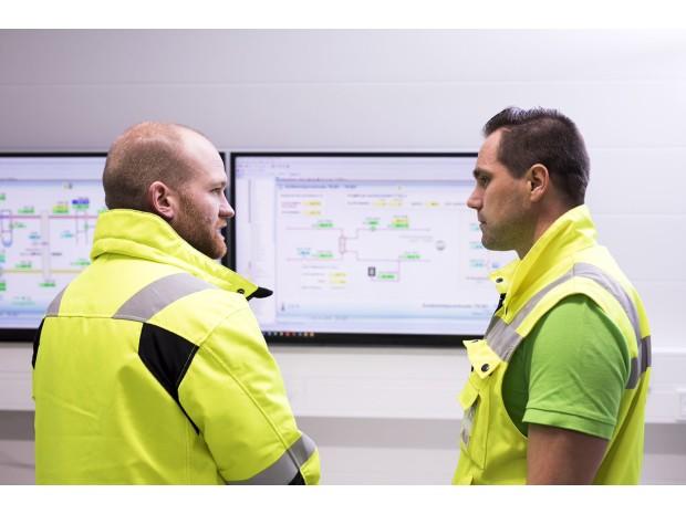 Lidlin ja Schneider Electricin yhteistyön tuloksena hiilineutraali  jakelukeskus edbb5be3e2