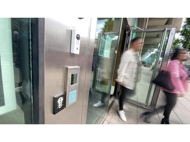 ASSA ABLOY Opening Solutions passersystem Aptus och Accessy öppnar upp fastigheter nyckelfritt