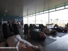 Yoga till klassisk musik, kort trailer