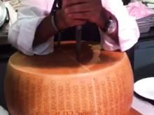 40 kg parmesan, lagrad 42 månader