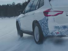 BMW iX3 på vintertesting