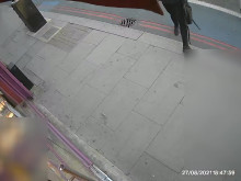 CCTV of man sought - Tooting barber shop arson