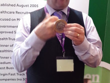 Finegreen at HFMA - magician Paul Roberts Live!