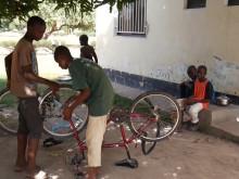 SOS barnbyar i Gambia får en vatteninstallation av Comfort