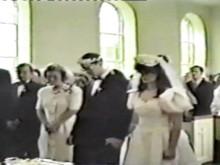 Svimmar Daniel under bröllopet?