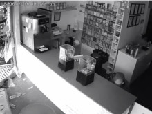 CCTV footage of man police wish to speak with - ref: 219567