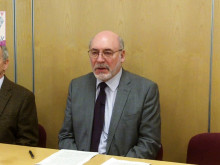 Council Leader explains Council Tax proposal