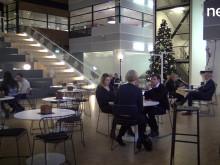 Telia Finance satsar på video för att hitta personal