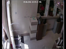 CCTV re: theft of handbags, Islington