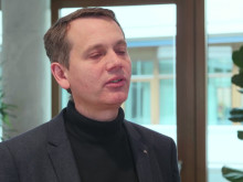 Christoph Werner beantwortet die Frage, warum dm einen Nachhaltigkeitsbericht veröffentlicht.