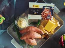 Bakad sötpotatis med cheddarkräm och pulled pork