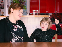 Stina föddes med allvarligt hjärtfel - nu springer en hel skola för henne