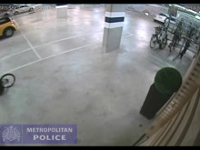 CCTV footage of Tower Hamlets bicycle thefts
