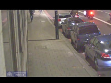 CCTV of moped attempted robbery in Park Lane