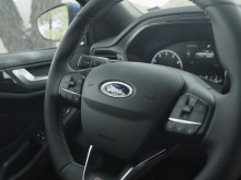 FORD_FOCUS_ST_B-ROLL_INTERIOR