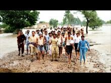 Bildspel från det översvämningsdrabbade Pakistan