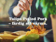 Tunnbrödsrulle med sötpotatismos och pulled pork