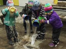 Tänk baklänges: film med fakta från Volvias Barn i bil-undersökning 2017