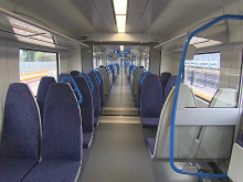 Broadcast quality video of the new Thameslink Class 700 trains