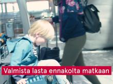 Ammattilaisten vinkit: Lentäminen lasten kanssa