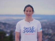 I fjor deltok 25000 barn i Skolejoggen. I år håper SOS-barnebyer og ambassadør Marit Bjørgen på enda flere deltakere.
