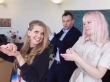 Ropstad danser viral corona på TikTok
