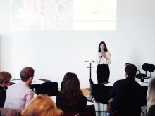 Victoria Percovic Guiterrez, projektledare Malmös innovationsplattform pratar Rosens röda matta