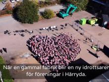 Flashmob inledde byggstarten av Wallenstam arena i Mölnlycke