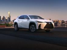 Lexus avslöjar hur helt nya kompakt-crossovern UX ser ut
