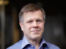 Mika Naaralainen