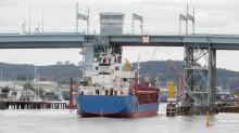 Götaälvbron öppnas för sjöfarten nattetid och tidiga morgnar