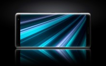 Sony's nye flagskib Xperia XZ3 - et helstøbt design og en skærm, der bringer oplevelsen til et nyt niveau