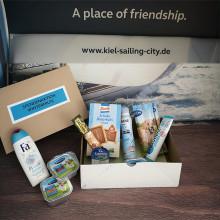 Winterhilfe für Kieler Obdachlose - Spendenpakete im Welcome Center Kieler Förde abgeben