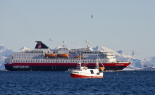 Hurtigruten skuffet etter havne-dom: Et tap for norsk sjøfart