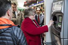 Britisk miljøminister lærer om det danske pantsystem
