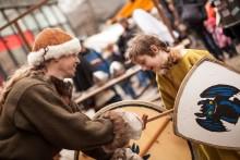 Countdown bis 12.12.: Künstler und Aussteller für den Kieler Umschlag 2020 gesucht