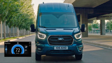 Ford EcoGuide erstmals für Ford-Nutzfahrzeuge: Smart-Driving-Funktion kann sogar um die Ecke schauen