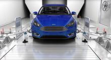 """Recept na zaručeně bílé Vánoce? Ford má """"továrnu na počasí"""", která dokáže nasimulovat prakticky jakékoliv klimatické podmínky"""