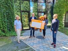 In diesen Zeiten Gutes tun: Firma Stark spendet 5.000 Euro an Bärenherz