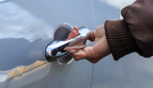 Thames Valley Police issue advice to motorists following thefts from vehicles in Oxfordshire