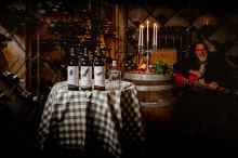 Winemakers Dinner med sjungande vinmakare - Nytt, unikt weekendkoncept på Högberga Gård