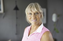Kvinnohälso-organisationen 1,6 utser Sofia Åhman till Årets Hälsohjälte!