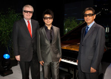 Sony kicks off IFA 2010 with impressive 3D extravaganza featuring Sir Howard Stringer and Lang Lang