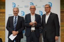 Digitale Unabhängigkeit für Spediteure: idem telematics gewinnt Deutschen Telematik Preis
